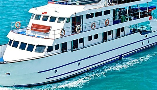 An Ultimate 8-day Similan To Burma Banks Liveaboard Trip