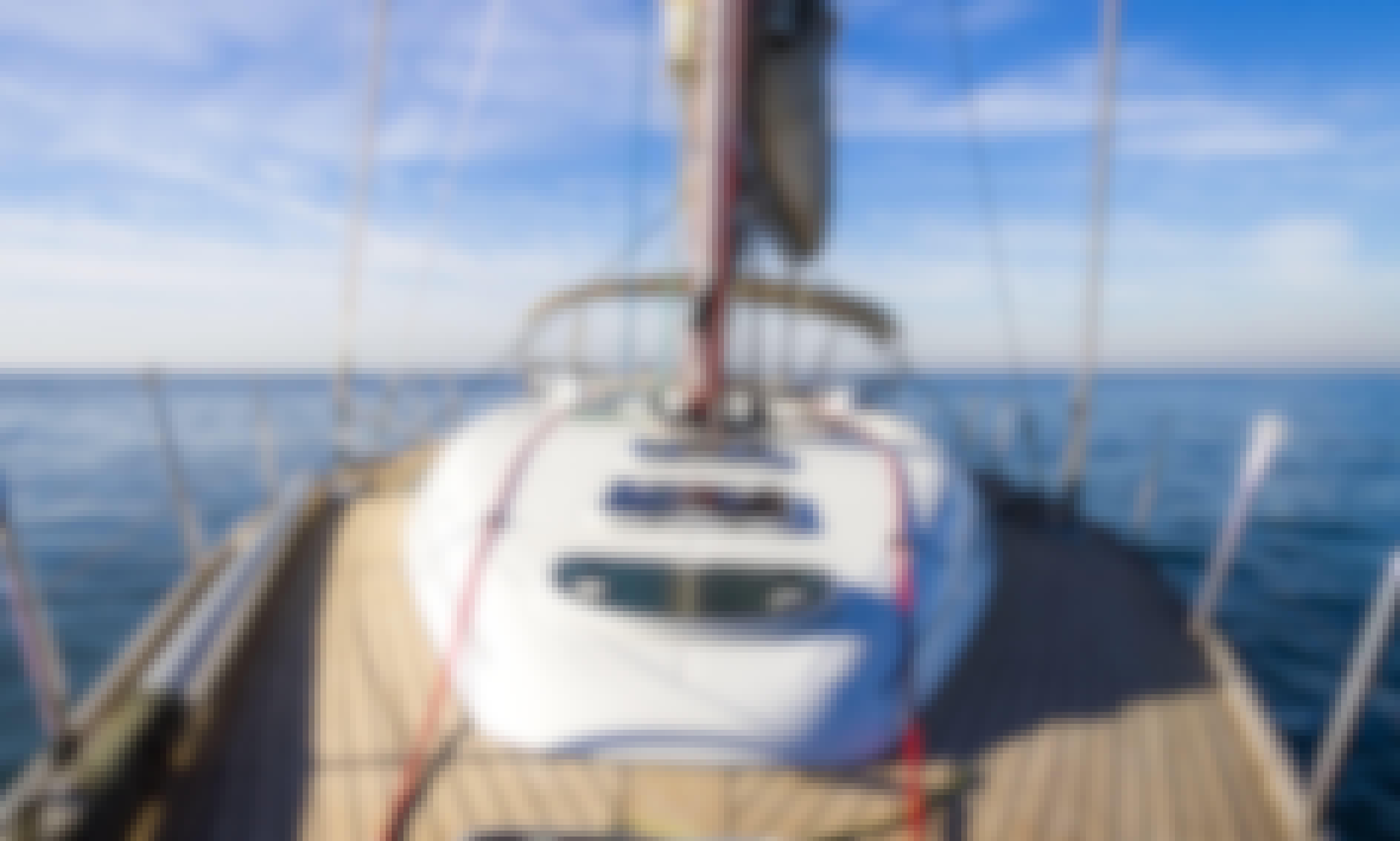 Charter Beneteau First 47.7 in Algarve, Portugal