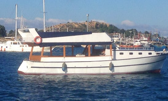 Charter A Motor Yacht In Izmir, Turkey