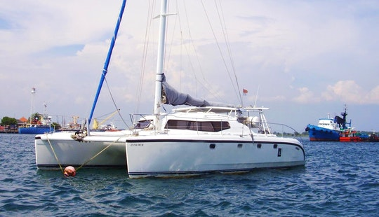 Charter 39' Cruising Catamaran With 3 Cabins In Kuta Selatan, Bali