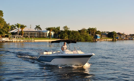 Go Fishing On Our Sea Fox 25 Ft Dc