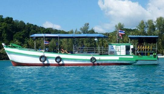 Diving Boat Tour In Tambon Koh Kood
