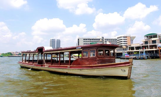 Sightseeing Cruise With Plenty Of Space And Tables For Lunch In Bangkok, Thailand