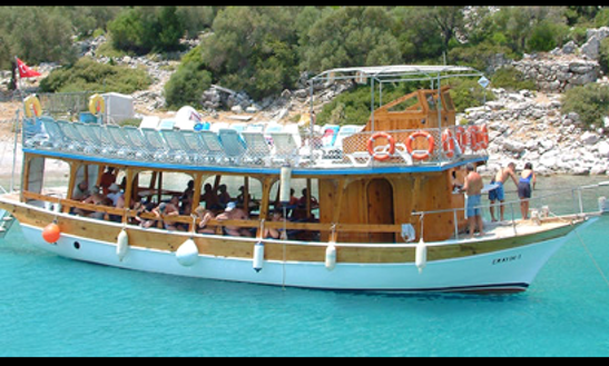 Up To 80 Person Boat Cruise With Food Included In Marmaris, Turkey