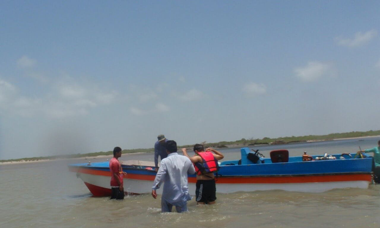 Take 12 people out for a fantastic boat trip in Karachi, Pakistan