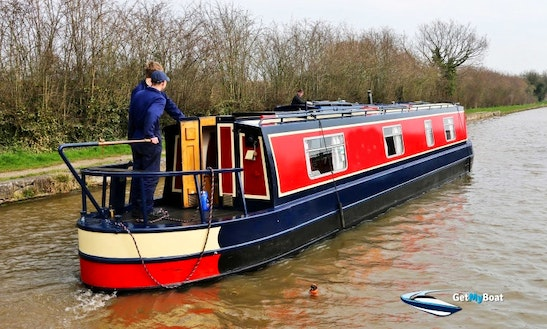 Narrowboat Serenissima 2 Berth 45 Foot