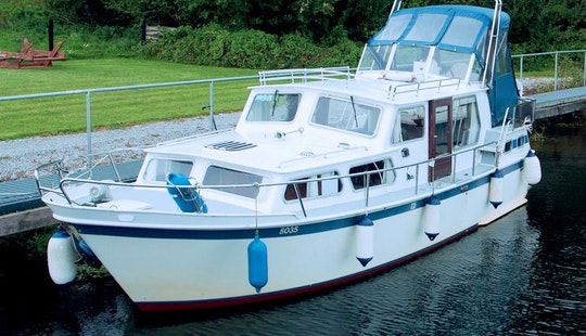 Frederick - Steel Hulled Boat Rental In Scarriff