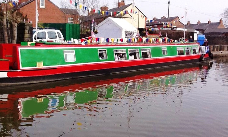 """70' Canal Boat """"New Horizons"""" Tours in Whaley Bridge ..."""