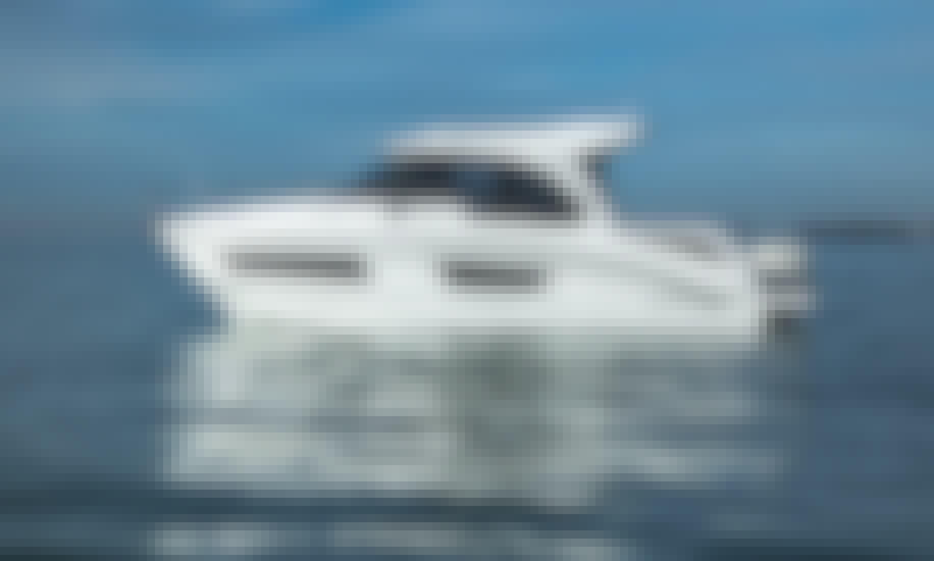 Beneteau Antares 9 Motor Yacht in Vathi, Greece