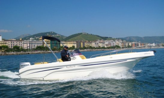Charter 24' Resin Park Center Console In Salerno, Italy