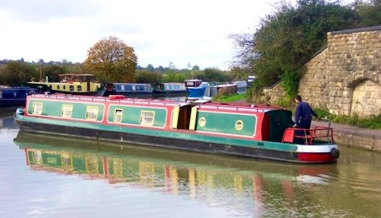 Canal Boat Foxtalbot Hire In Rowde