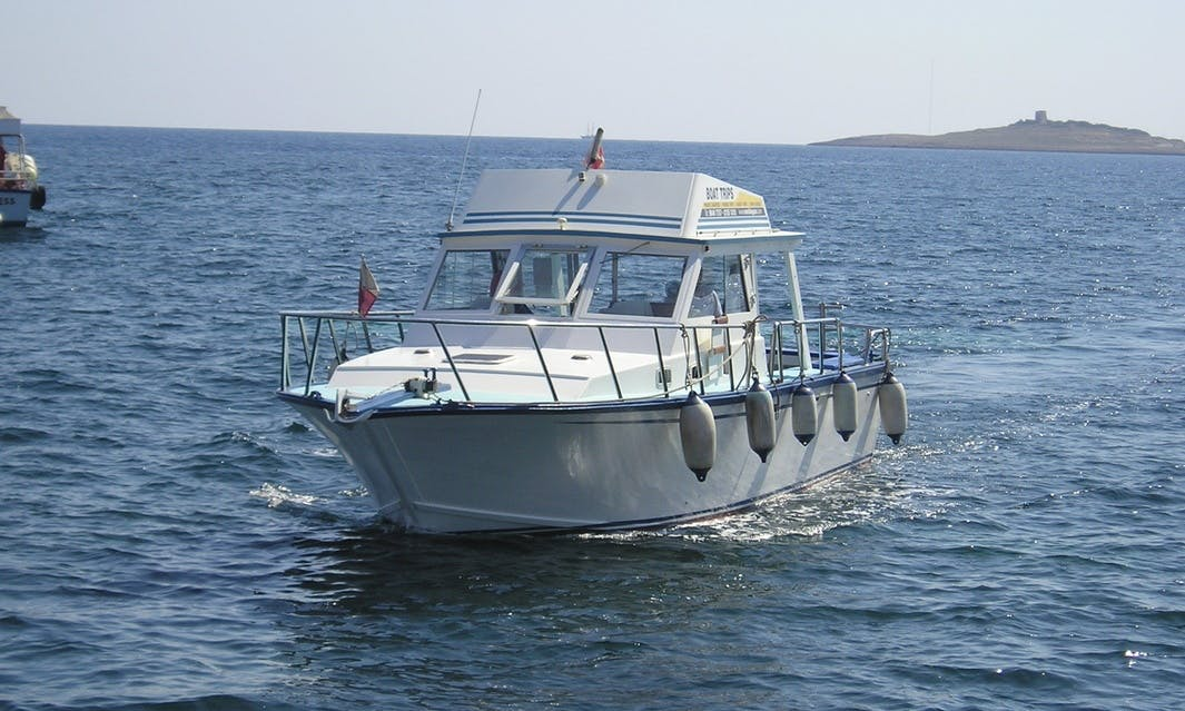 Charter 40' Blue Lagoon Cuddy Cabin in Ix-Xewkija, Malta