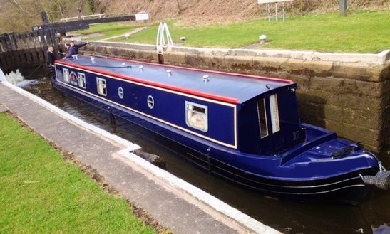 'king Louis' 57' Canal Boat Hire In Hoghton Uk