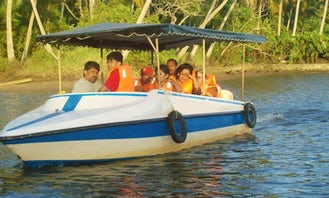7 Person Boat Tour in Poovar