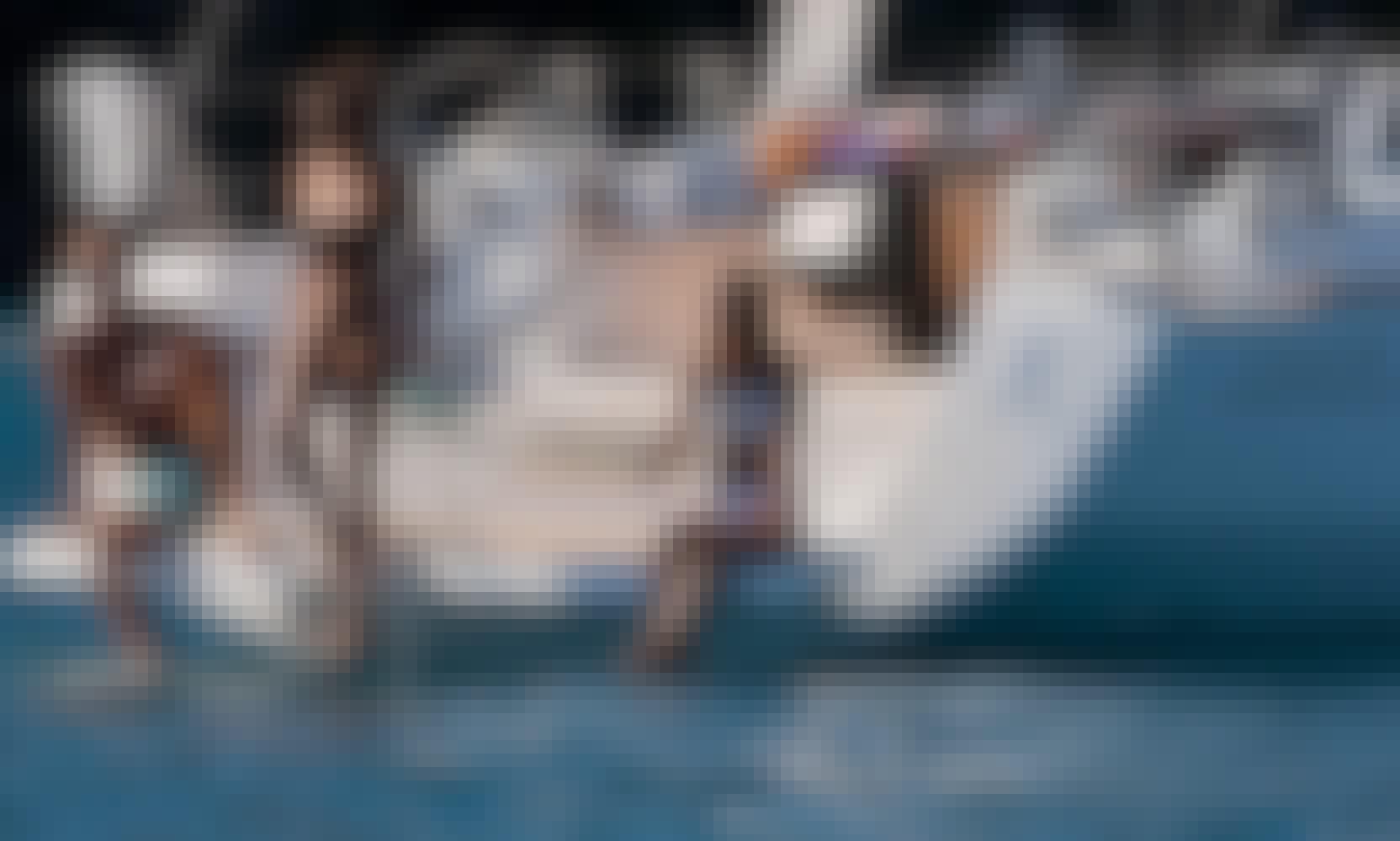 Benetue Oceanis 45 Sailing Yacht