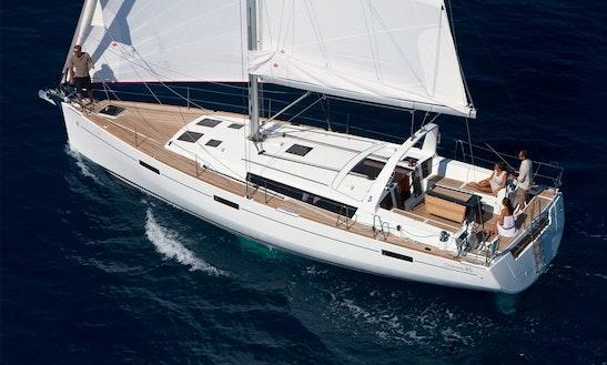 Cruising Oceanis 45 Sailing Boat