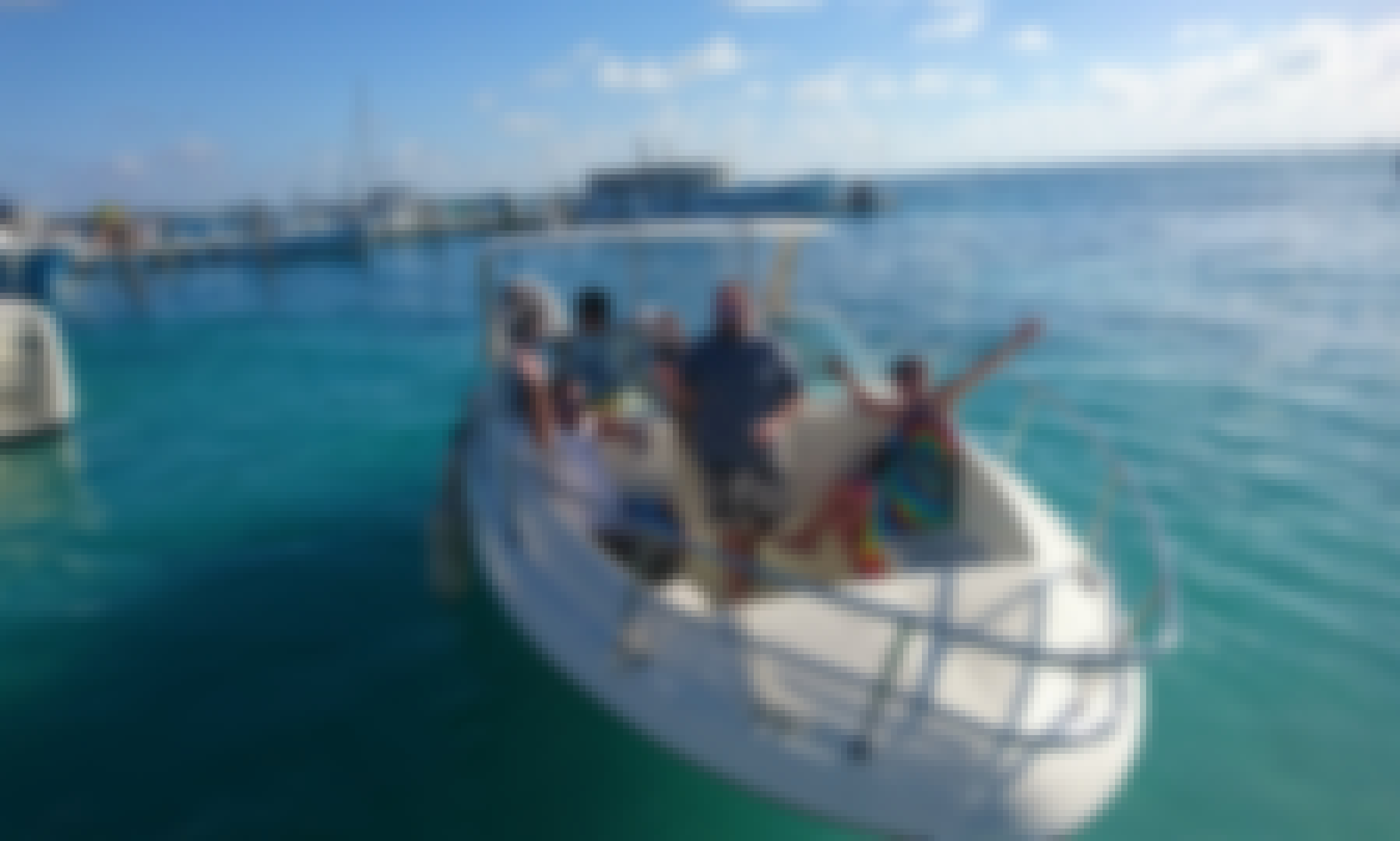 Cruising and snorkel trip in Isla Mujeres, Mexico
