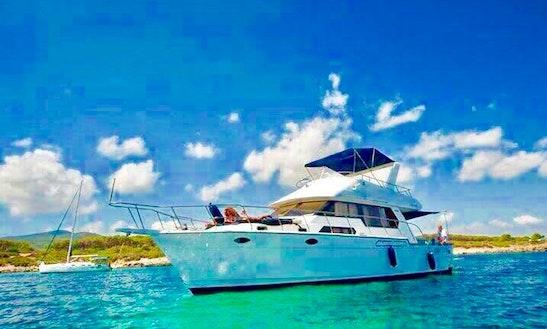 Charter A Motor Yacht In Alghero, Italy