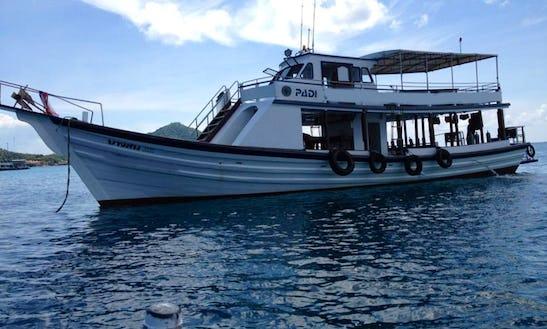 Motor Yacht In Tambon Ko Tao