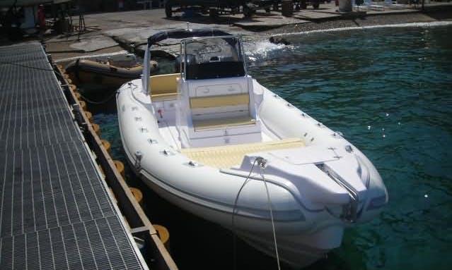 Charter Stingher 800 GT Rigid Inflatble Boat in Reggio Calabria, Italy