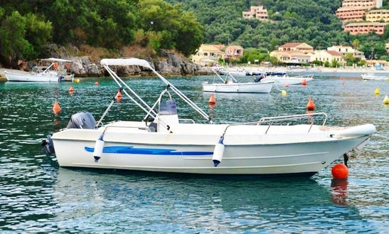 20hp Center Console Boat Hire In Kerkira