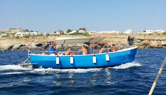 Rent A 12 People Powerboat In Castrignano Del Capo