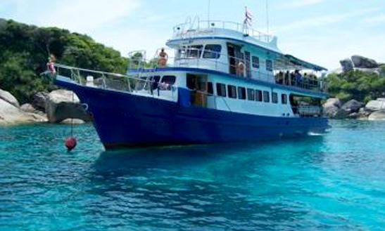 Scuba Charter Nam Sai Day Trip In Tambon Khuekkhak