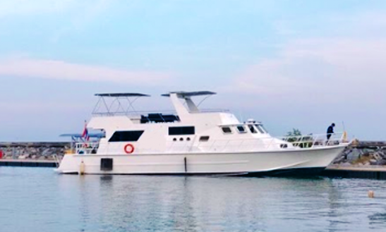 Charter Ice Berg Power Catamaran In Na Jomtien, Thailand