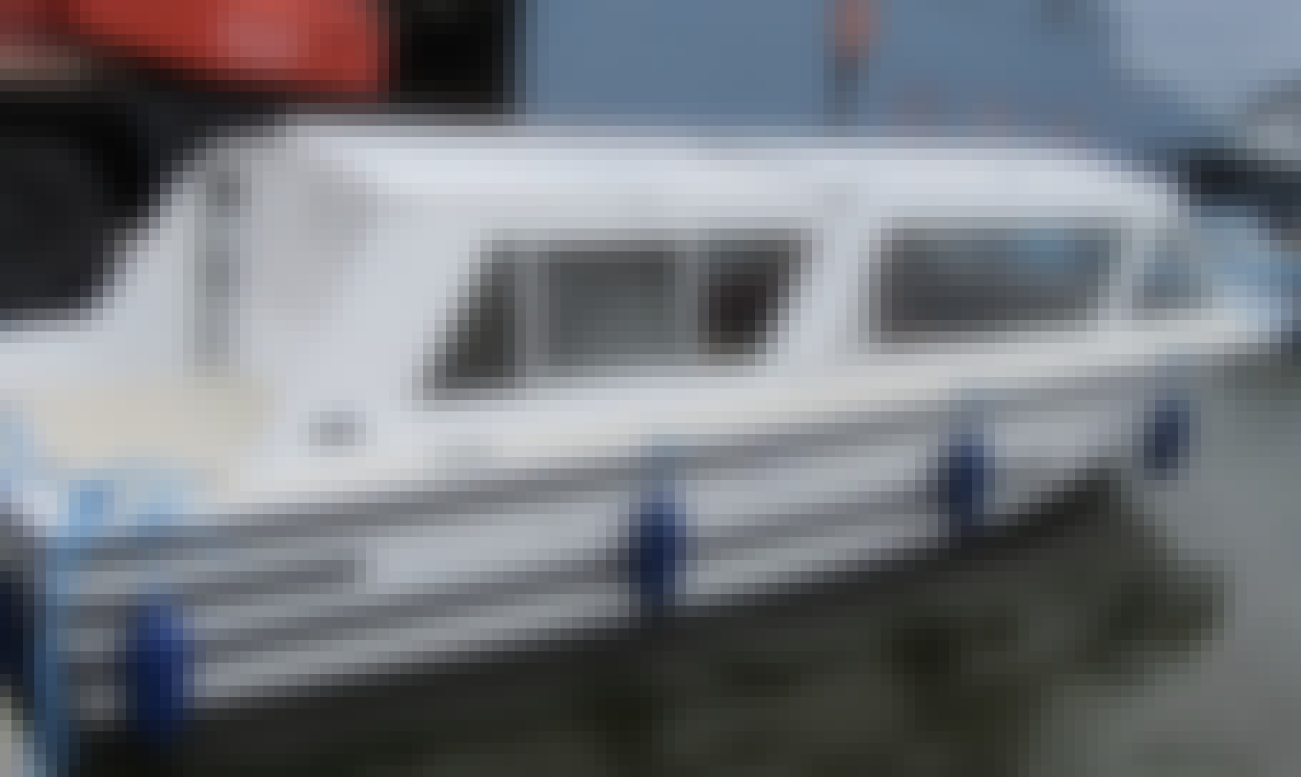 Charter a 9 Person Canal Boat In England, United Kingdom
