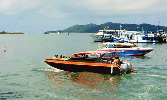 Charter A Bowrider In Rayong, Thailand