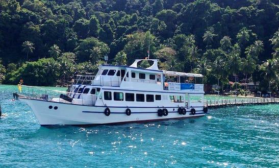 Enjoy Fishing In Ko Kut, Thailand On 66 Ft Head Boat