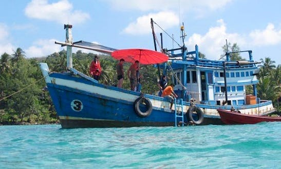 Boat Diving In Thailand