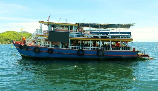 Boat Diving In Muang Pattaya