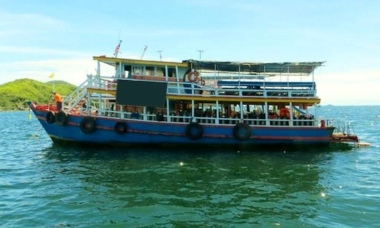 Boat Diving In Muang Pattaya