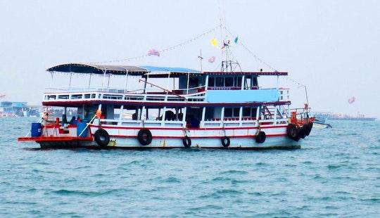 Diving Boat Charters In Muang Pattaya, Chang Wat Chon Buri, Thailand
