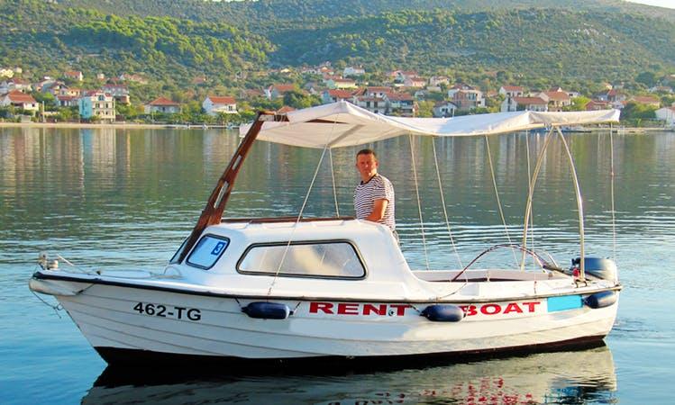 Rent 16' Fiber Glass Cuddy Cabin in Vinisce, Croatia