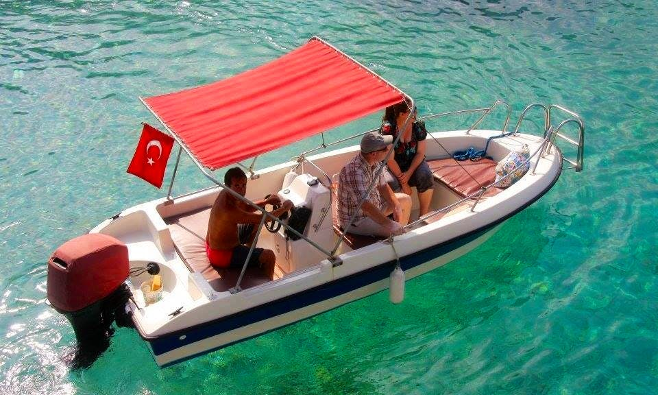 Hire a Center Console in Muğla, Turkey