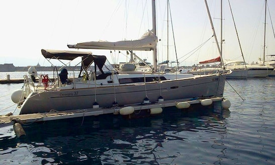 Charter Oceanis 37 Cruising Monohull In Antalya, Turkey