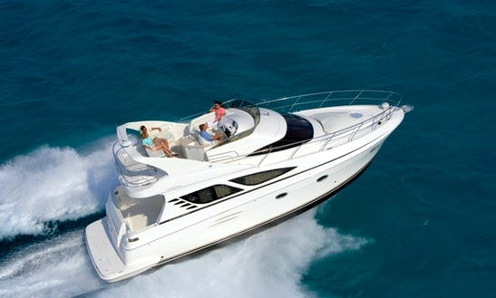 43'motor Yacht Charter With Captain In New York