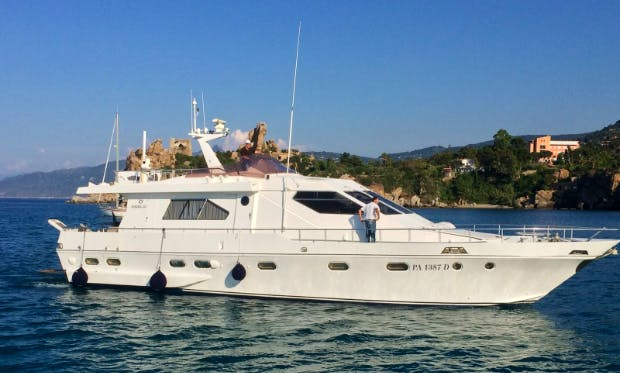 Charter 62' Power Mega Yacht in Cefalù, Italy