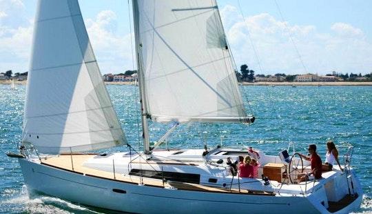 37' Oceanis Cruising Monohull