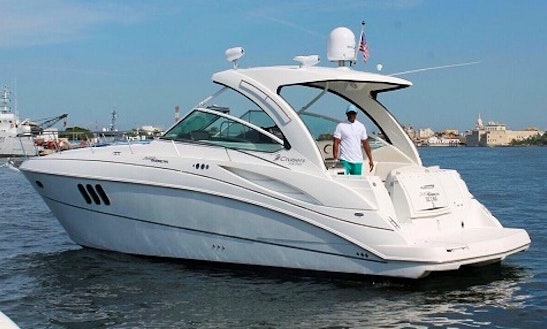 Cruiser 360 Expres Motor Yacht In Cartagena, Colombia