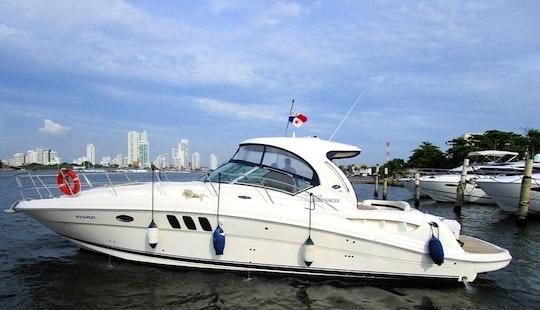 Sea Ray Sundancer 40' Motor Yacht In Cartagena, Colombia