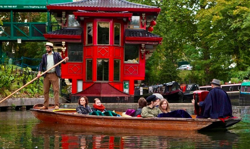 Hire The Music Boat and Experience the most beautiful part