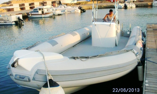 Rent The 29' Inflatable Motor Boat In Isola Di Capo Rizzuto