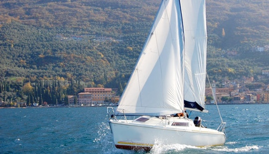 Cruising Monohull Rental In Brenzone
