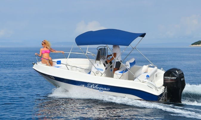 4 hours Boat Ride On Blumax 550 Open Center Console In Villagonia, Italy