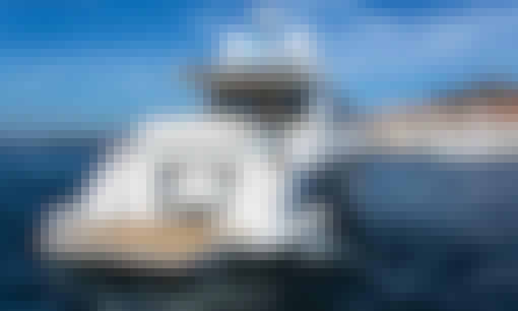 Charter 60' Azimut 55S Power Mega Yacht in Šibenik, Croatia