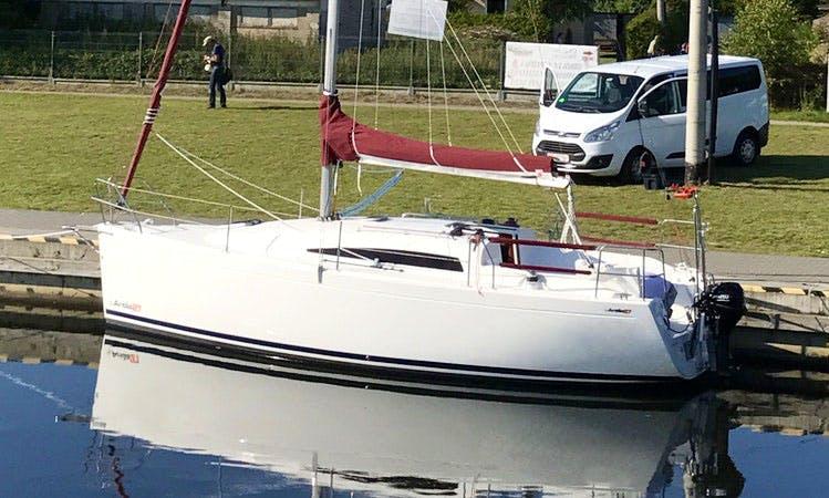 8 person Antila 27 Cruising Monohull Rental In Tolkmicko, Poland
