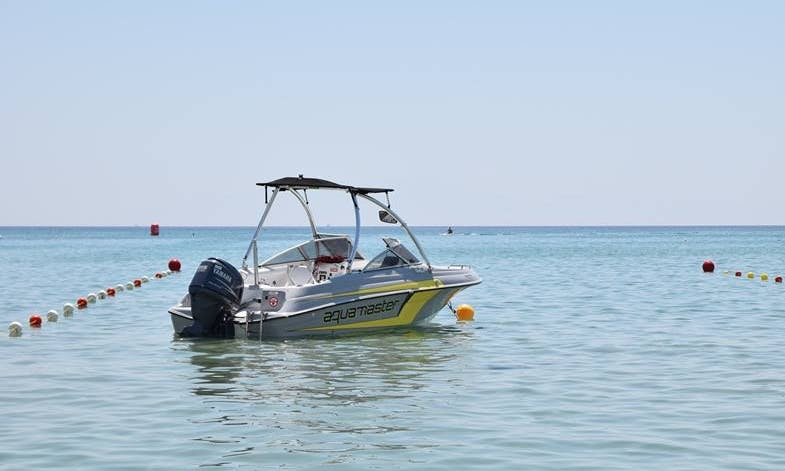 Charter a Bowrider for 5 people in Chalkidiki, Greece